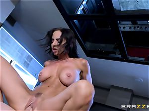 Brandy Aniston tears up her daughters-in-law bf in the kitchen