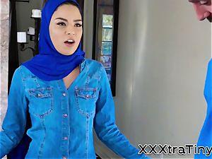 lil' arabs facehole jizzed
