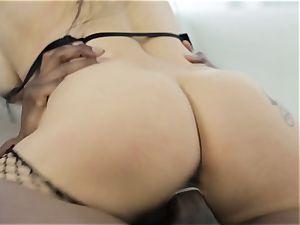 Katrina Jade gets a interracial puss filling three way