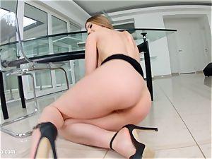 Stella Cox bum widespread and deep ravaged on ass Traffic
