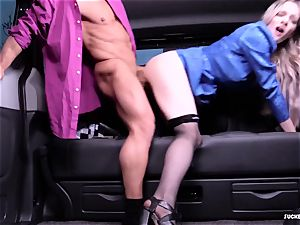 banged IN TRAFFIC - super-steamy car fuck-fest with british Carly Rae