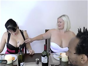 AGEDLOVE granny lush Lacey Starr met her mates