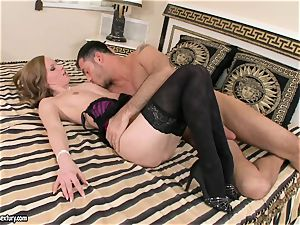 Veluptuous Gitta blonde gets her plump lips obese a ample dick