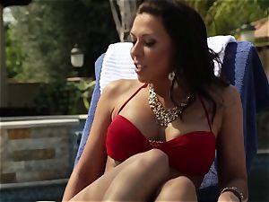 Nikki Benz rides stiffy at her favourite resort