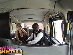 dame fake cab steaming perspiring boinking pays taxi fare