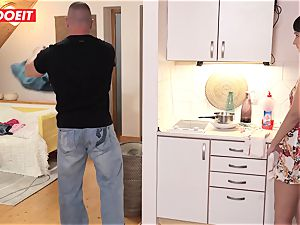 Step daddy helps daughter-in-law neat his jism instead of room