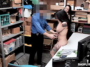 Gina Valentina and her stepsis pummeled by mallcop