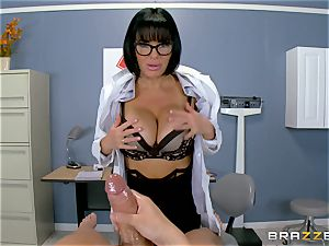 Veronica Avluv makes sure this steaming patient is fully sated