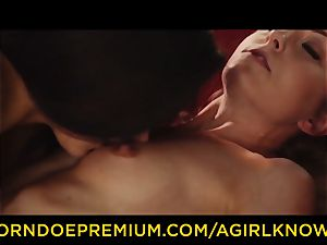 A lady KNOWS - Susy Gala nails super-steamy all girl with strap on dildo