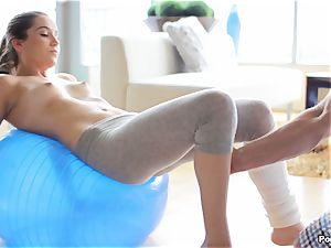 Kasey Warner undresses off her yoga pants and screws