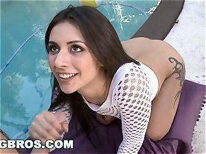 BANGBROS - magnificent phat ass white girl Jynx maze Gets Her bum torn up