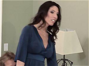 Bad wife Dava Foxx cheats on her hubby
