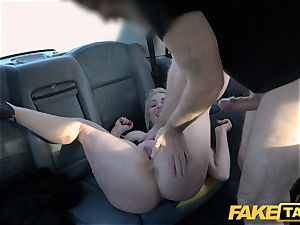faux cab blond milf Victoria Summers penetrated in a cab