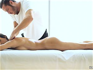 inviting Chloe Amour luvs her massage extras