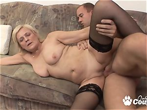 Mature blonde pummeling and gets facial
